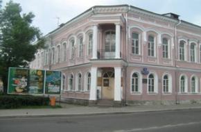 Ученики Вышковской школы в Тверском краеведческом музее ознакомились с исторей ВОВ