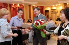 Губернатор Андрей Шевелев встретился с многодетными родителями из разных районов области