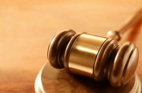 В Спирово вынесли приговор мужчине, обворовавшему уснувшего собутыльника