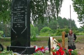 В Толмачах открыли памятник погибшим в годы Великой отечественной войны землякам