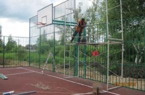 Возле новой спортплощадки в Лихославле постоят дорожку для роликов и велосипедов, трибуны и хоккейный корт