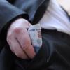 В России планируется потратить почти 500 миллиардов рублей на увеличение зарплат чиновников