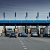 Участок новой трассы М11 в обход Вышнего Волочка стал платным. За 72 км дороги придется заплатить до 920 рублей