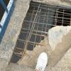 Жители Торжка бьют тревогу: в городе под ногами прохожих разрушается «главный» мост