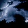 Спасатели предупредили о надвигающемся дожде с грозой и градом