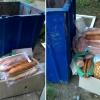 В Торжке продуктовые магазины выбрасывают хлеб в мусорные контейнеры (фото)