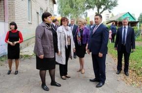 Игорь Руденя неожиданно посетил в Лихославльском районе школу и детский сад «Василек»