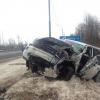 Под Торжком водитель дорогого внедорожника на огромной скорости снес трактор, превратив его в груду искореженного металла (фото)