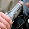 За пять бутылок водки, батон колбасы, две пачки сигарет и пакет житель Спировского района получил два года строгого режима