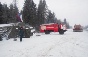 Спасатели развернули пункты обогрева на дорогах Тверской области