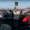 В Торжке водитель иномарки «въехал в зад» гаишникам (видео)