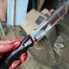 В Тверской области мужчина воткнул нож в голову своему знакомому и привез его труп в полицию