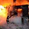 Ночью в Крючково из-за короткого замыкания сгорел жилой дом (фото)