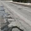 Дорожники обязались в 2017 году восстановить испорченные грузовиками дороги в Лихославльском и Торжокском районах
