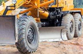Разбитую грунтовую дорогу в Лихославле приведут в порядок