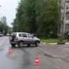 В Торжке водитель внедорожника задним ходом переехал пенсионерку (фото)