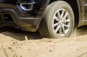 Прокурор потребовал от дорожников восстановить в Лихославле грунтовые дороги