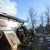 В Спирово из-за короткого замыкания сгорел жилой дом (фото)