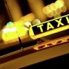 В Тверской области напали на таксиста и воткнули ему в шею отвертку