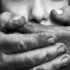 Ночью в Лихославле в парке насильник напал на женщину