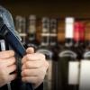 В Торжке продолжают воровать алкоголь из магазинов