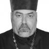 Бывшего настоятеля прихода Спировского района нашли застреленным в голову в собственном доме