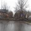 Ураган в Лихославле валил деревья, поднимал в воздух теплицы и парники. Молния ударила в трансформаторную подстанцию (фото и видео)