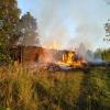 Поджог стал причиной пожара в поселке Калашниково, в результате которого сгорел многоквартирный дом