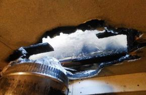 В Торжке два пожарных отделения потушили пожар в бане (фото)
