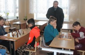 Школьники Лихославльского района определили сильнейшего в шахматах