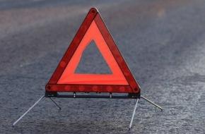 В Лихославльском районе водитель внедорожника «не справился с гололедом» и вылетел с дороги