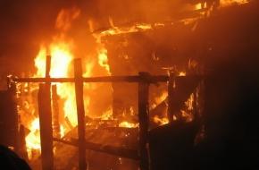 Ранним утром в поселке Калашниково сгорел жилой дом