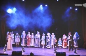В Лихославле прошел Парад Дедов Морозов (видео)