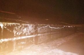 В Лихославле из-за нарушения пожарной безопасности сгорела огромная теплица (фото)