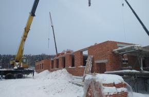 В Калашниково продолжается строительство нового детского сада,  работы выполняются согласно графику (фото)