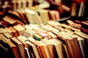 В Лихославльском районе проходит акция «Подари книгу библиотеке!»