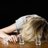 Жительница Лихославля вышла ночью пьяная на улицу и поплатилась