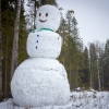 В Лихославльском районе построили огромного снеговика высотой с 4-этажный дом (фото и видео)