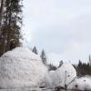 В Лихославльском районе разрушили самого большого снеговика в России (видео)