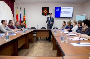 В Лихославле обучают депутатов