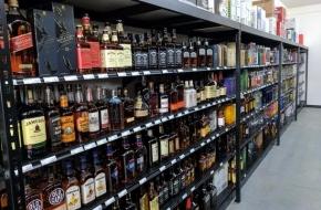 В Тверской области в магазине на ребенка упали стеллажи с алкоголем