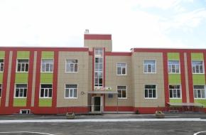 Губернатор проверил готовность нового корпуса детского сада «Светлячок» в поселке Калашниково (фото)