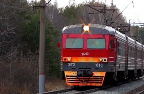 В поселке Калашниково человека переехало поездом