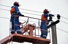 В Лихославльском районе продолжаются восстановительные работы на линиях электропередач
