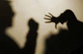 В Приозёрном мужчина с «неустановленным предметом» напал на человека