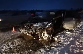 Крупное ДТП в Лихославльском районе: столкнулись 3 автомобиля, есть тяжелые пострадавшие (фото)