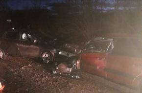 Смертельное ДТП: В Лихославльском районе водитель иномарки погиб в лобовом столкновении (фото)