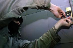 Лихославльские подростки обокрали квартиру и попались
