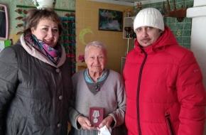 В Микшинском поселении прошло вручение юбилейных медалей «75 лет Победы в Великой Отечественной войне»