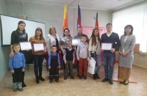 5 молодых семей в поселке Калашниково смогут улучшить свои жилищные условия